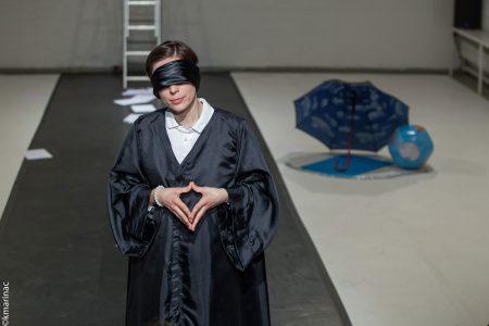 Jasna Vinovrški's solo Lady Justice