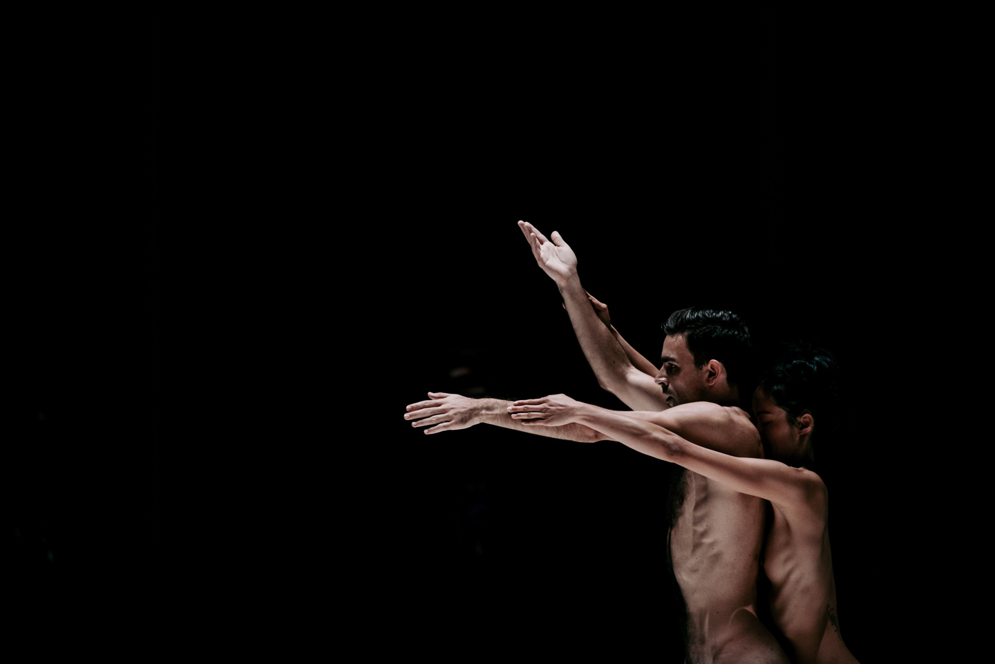 photo of Zoltán Vakulya and Chen-Wei Lee in Together Alone, Taiwan Dance Platform 2018
