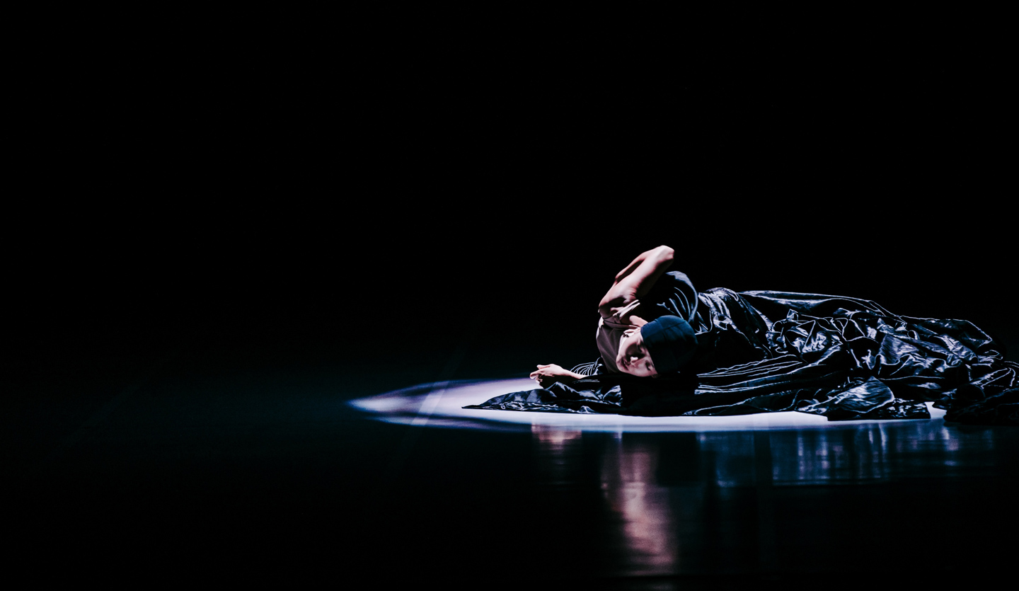 Photo of Ching-Ying Chien in Vulture, Taiwan Dance Platform 2018
