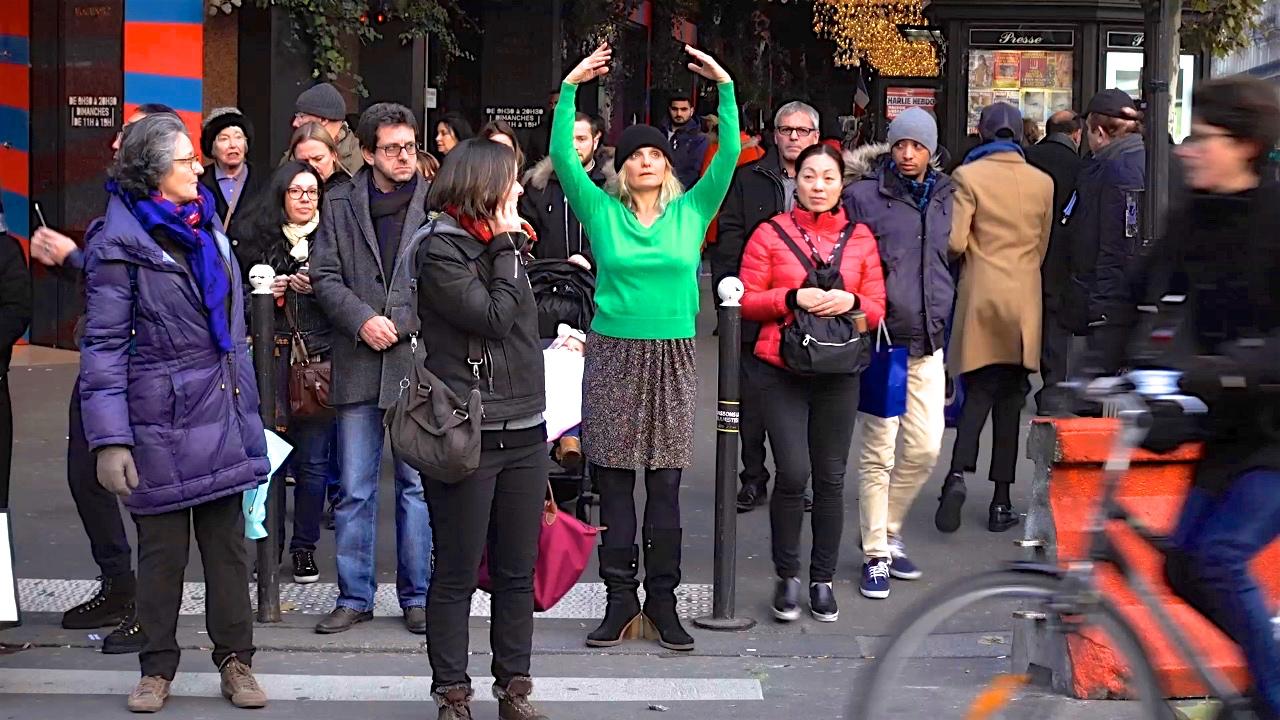 Woman dancer in public street, from Une joie secrète (2019), a film by Jérôme Cassou on the Nadia Vadori-Gauthier's project 'Une minute de danse par jour',