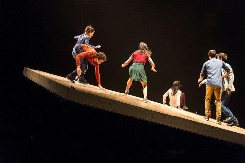 Compagnie Yoann Bourgeois: Celui qui tombe (He Who Falls). Photo © Foteini Christofilopoulu